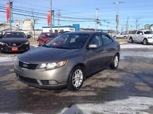 2011 Kia Forte EX..AUTO...$98 B/W..HEATED SEATS...WELL EQUIPPED!