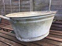 Vintage Baby Bath Dolly Tub / Garden Planter Decoration