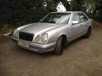 Mercedes E240 elegance auto . Only £525 or Make me an offer ( drift bargain bmw jaguar lexus volvo )
