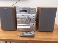 Sony Compact HI-Fi System CMT-CP11