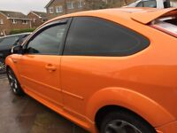 Ford focust st-2 full cloth recaros low milage cheapest around !