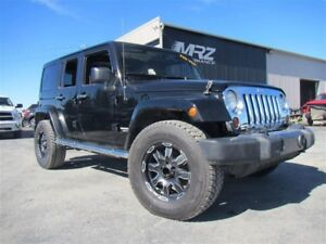 2011 Jeep Wrangler Unlimited Sahara ALTITUDE * PAS VGA * Cuir To