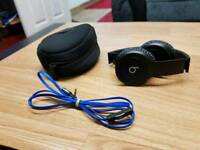 Beats by Dre. Dre Beats Solo HD Wired *Not Wireless*
