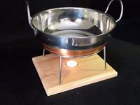 Food warmer with copper bottomed balti dish