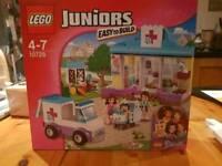 Lego Mia Vet Clinic - sealed in box