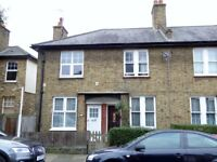 Cottage Style House w/ 2 Bedrooms , SW17