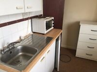 A WELL PRESENTED STUDIO APARTMENT LOCATED WITHIN WALKING DISTANCE TO HOUNSLOW BR STN-INC BILLS