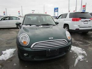 2010 MINI Cooper | LEATHER | ROOF London Ontario image 2