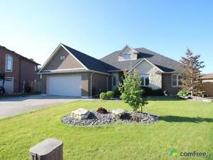 $629,900 - Bungalow for sale in Windsor