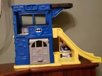 Fisher price Little People Batman Batcave playset