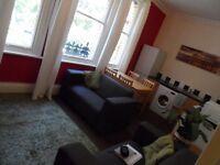 Lark Lane L17. Spacious 4 bed flat - £75 per week inc bills