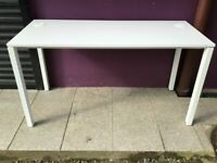 White 1400 x 600mm office table