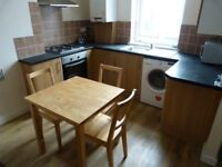 Spacious 3 bedroom property in Upton Park part dss with guarantor accepted