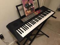 Yamaha PSR F50 electric keyboard