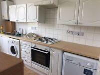 2 BED FLAT TOOTING BROADWAY