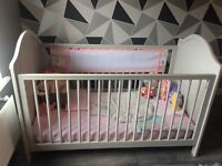 Like brand new Toulouse cot grey