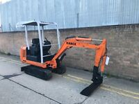 1999 hanix mx15 mini digger, 3x buckets, good digger ready for work