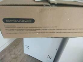 Drawer system 800