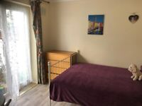Pet Friendly–SMALL double room in shared house - 6 mins by bike to the Addenbrooke's