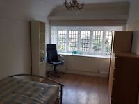 Double Room Kingston Hill All Bills Included