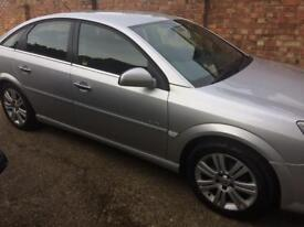 LOW MILEAGE AUTOMATIC Vectra FOR SALE