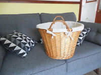 Laundry basket ! 3£