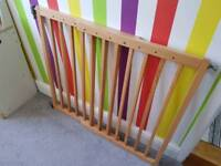Mothercare extending wood child safety gate