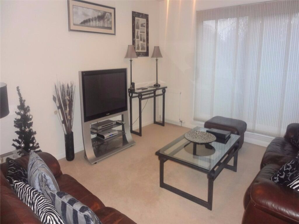 AM PM ARE PLEASED TO OFFER FOR LEASE THIS STYLISH 2 BED PROPERTY-ABERDEEN-RUBISLAW-P1007