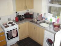 2 bed house for rent in The Avenue,Pontycymmer,£450 per month