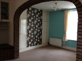 **Cosy 2 double bedroom home on Newark Road, near Brant Rd**