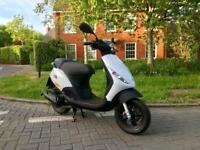 Piaggio Zip 50 2T 2016 Only 40 miles from new Scooter Moped