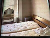 Queen size bed, zip and link single mattresses