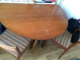 Drop leaf circle table and 2 chairs