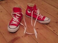 converse chuck taylor size 4,5 NEW