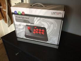 Venom Multiplatform Arcade/Fight Stick (PC/PS4/XB1)