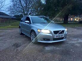 Volvo V50 r design 2.0D (Auto)