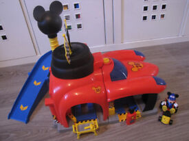 MICKEY AND THE RAODSTER RACERS GARAGE INTERACTIVE PALYSET