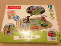 Wooden Road Set with Electric lorry, Crane, Helicopter, Lorries, Ambulance, Puzzle