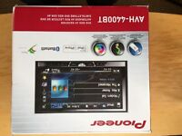 Pioneer AVH-4400BT Double Din CD Player DVD RDS AV receiver - Boxed - Good condition