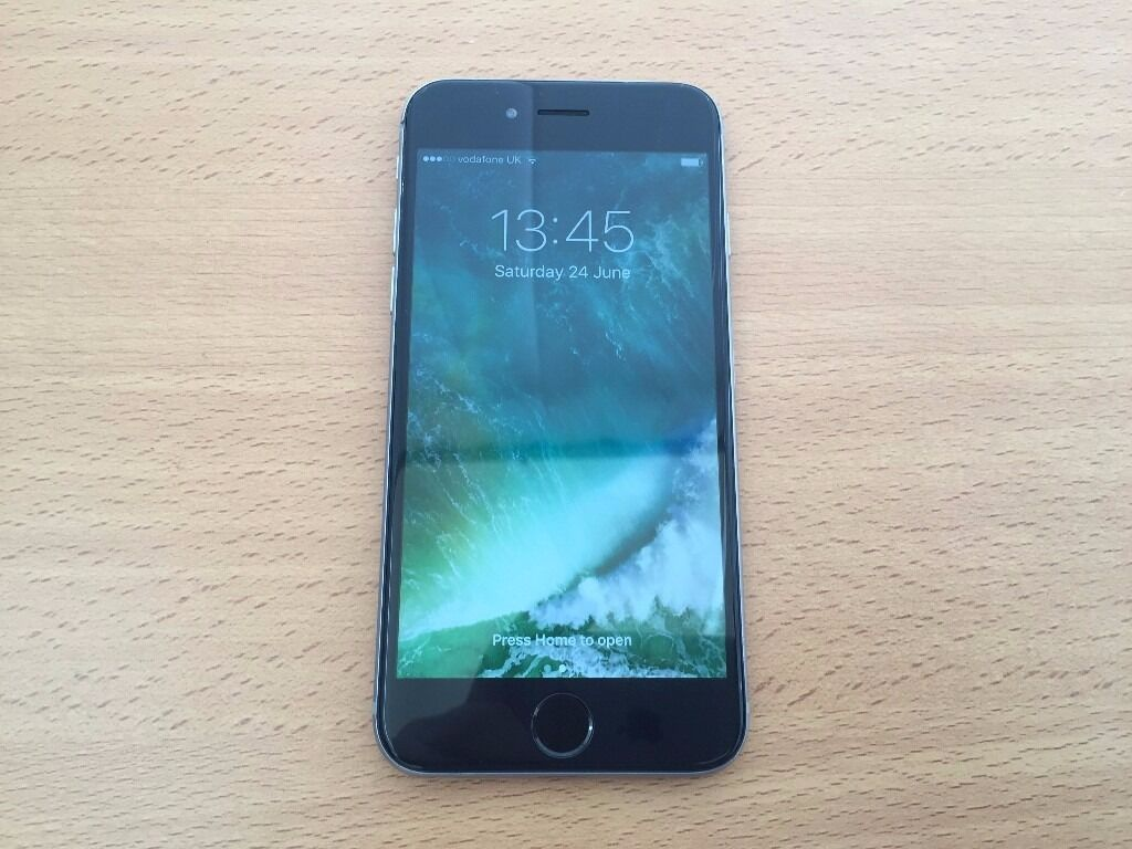 Apple iPhone 16Gb On Vodafone Networkin Fishponds, BristolGumtree - Apple iPhone 16Gb On Vodafone Network Few scratches and scuffs on back and a dead pixel on screen (please check the pics) apart that good condition and full working order Comes with charger Grab a bargain £150 Text on 07453411542
