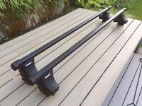Thule Square bar roof rack kit inc. 754 foot pack and 1212 (Audi A4) & 1218 (VW Passat) fitting kit