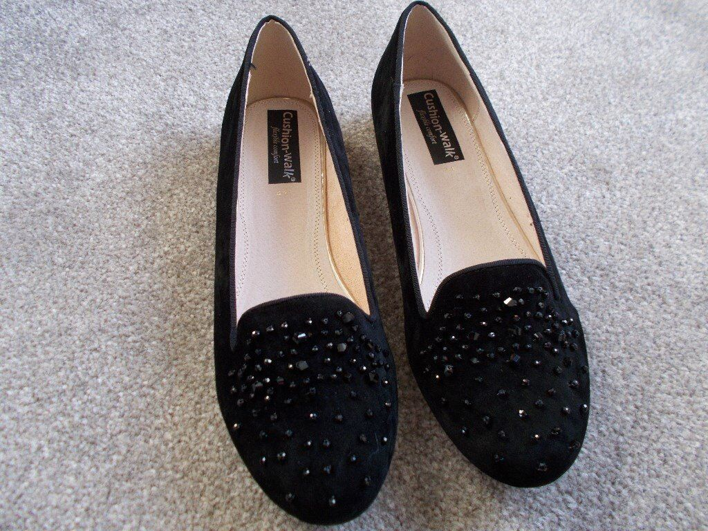 Comfort Shoes Brand New Cushion Walk Size 3 Black Shoes