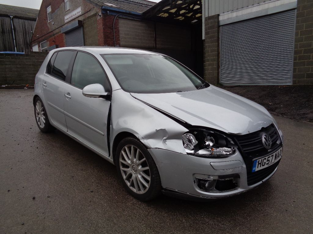 2007 volkswagen golf gt sport 2 0 tdi pd 140 bhp 5 door hatchback silver very light damage in. Black Bedroom Furniture Sets. Home Design Ideas