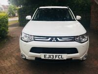 Mitsubishi Outlander 2.2 DI-D GX4 5dr with Sunroof