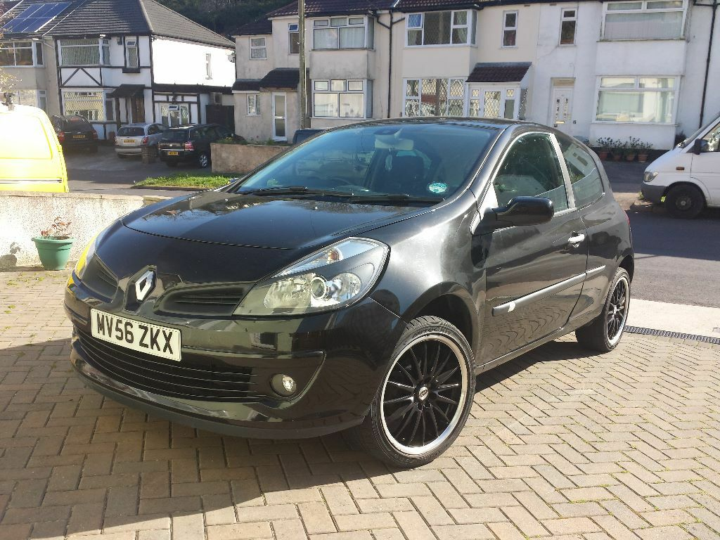 renault clio 1 4 dynamique s low milage in torquay devon gumtree. Black Bedroom Furniture Sets. Home Design Ideas