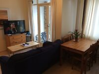 AMAZING SINGLE ROOM AVAILABLE,TV,SOFA,BALCONY,ALL BILLS INCLUSIVE