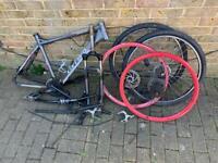 Carrera Vengeance Bike Frame & Bits