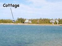 Aug 23 - 30th - Renovated Waterfront cottage - 166' shoreline!