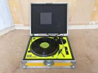 Technics 1210 Record Turntable with flight case mint