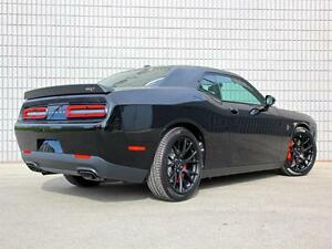 2016 Dodge Challenger SRT Hellcat SUPERCHARGED HEMI V8 707HP LAG London Ontario image 3